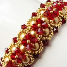 Gorgeous Beadwoven Bracelet and Earrings with Swarovski от lariata