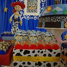 Fabiane Fornaroli: Toy Story para o pequeno Léo: https://www.facebook.com/FabianeFornaroliFestas