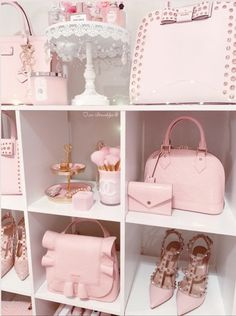 Baby Pink Aesthetic, Glam Room, Cute Room Decor, Girl Bedroom Designs, Pink Bling, Pink Room, Everything Pink, Pink Princess, Pink Wallpaper
