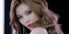 4Minutes+Kim+HyunA+With+the+Cool+Cat-Eyes+in+Tony+Moly+Commercial