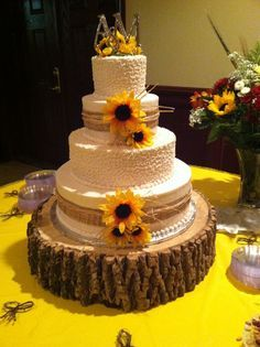 sunflower and burlap wedding cakes - Google Search