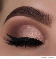 29 Gorgeous Eye Makeup Looks For Day And Evening - eye makeup for blue eyes ,brown eyes , eye shadow Prom makeup -- prom eye makeup or sephora prom makeup Click visit above for more options Evening Eye Makeup, Prom Eye Makeup, Makeup Eye Looks, Glitter Eye Makeup, Nude Makeup, Blue Eye Makeup, Eye Makeup Tips, Makeup Hacks, Smokey Eye Makeup