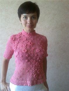 "Fragments of the close-up photos in the album "" blouse"" rosebush ""and gray vest ,"" the author i rina.maslyac kowa on Yandex . Blouse Dress, Floral Blouse, Filet Crochet, Irish Crochet, Crochet Blouse, Knit Crochet, Crochet Clothes, Diy Clothes, Mode Crochet"