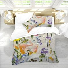 ♥ Great Housewarming Gift! Better Than Flowers ♥ Mother's Day Gift ♥ Wedding Gift ♥ Coordinate your bedding with this duvet set with this beautiful floral print pattern - taken from a vintage decoupage napkin. Twin 68(W) x 90(H) Pillow Case: 20(W) x 29.5 (H) Queen 90(W) x 90(H) Pillow Case: 20(W) King Bed Covers, Bed Cover Sets, Boho Duvet Cover, Duvet Covers, Single Duvet Cover, Duvet Bedding, Cotton Duvet, Queen Duvet, Duvet Sets