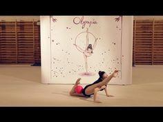 Gymnastics Videos, Rhythmic Gymnastics, Flexibility Dance, Skating Dresses, Physical Activities, Sexy Body, Leotards, Fitness Motivation, Exercise