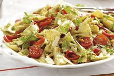 Pasta salad with basil oil - Pasta - Salad Recipes, Healthy Recipes, Food To Go, Pasta Noodles, Summer Recipes, Pasta Salad, Potato Salad, Pesto, Dinner Recipes