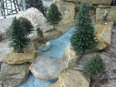 Discover recipes, home ideas, style inspiration and other ideas to try. Christmas Village Display, Christmas Villages, Holiday Tree, Christmas Holidays, Holiday Decor, Village Miniature, Fake Trees, Diy Games, Foam Crafts