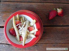 Insalata anti-cellulite <br>di asparagi bianchi e fragole
