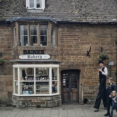 You know that feeling when you are exploring an adorable country village and you spot an old bakery and you line up to take a picture of it and then a tall man on stilts in a top hat walks by? Yeah? Me too.