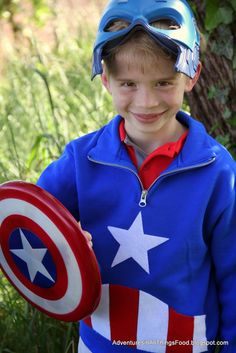 Adventures in all things food: Create a No-Sew Captain America Sweatshirt - perfect to get your kids excited for  MARVEL Avengers: Age of Ultron  #ad #AvengersUnite