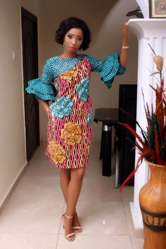 Stylish and attractive Ankara short dresses are designed to show the youth, beauty, and slenderness of a woman. Short dress Ankara styles if properly styled African Fashion Designers, African Print Fashion, Africa Fashion, African Fashion Dresses, African Prints, Women's Fashion, African Attire, African Wear, African Women