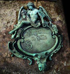 Detail of a Gravestone, Johannis Cemetery, Nürnberg/Nuremberg. (March 2016)