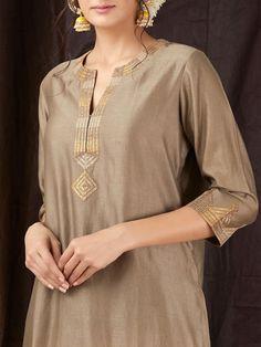 Brown Gota Chanderi Kurta is part of Kurti embroidery design - Silk Kurti Designs, Kurta Designs Women, Salwar Designs, Neck Designs For Suits, Dress Neck Designs, Blouse Designs, Kurti Embroidery Design, Embroidery Suits, Kurta Patterns