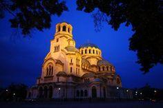 Sofia Bulgaria: Más información: http://www.mundo-geo.es/viajes-y-expediciones/viajes/los-10-viajes-mas-baratos-en-verano
