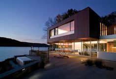 house by the lake - Google-søk