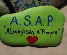 I would change this to SSDGM: Stay saved, do God's Mission. Rock Painting Patterns, Rock Painting Ideas Easy, Rock Painting Designs, Paint Designs, Painted Rock Animals, Painted Rocks Craft, Hand Painted Rocks, Pebble Painting, Pebble Art