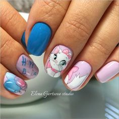 15 Cat designs to decorate your nails in less than one purr Fancy Nails, Pretty Nails, Nail Art Dessin, Fall Toe Nails, Nails For Kids, Cat Nails, Disney Nails, Best Acrylic Nails, Super Nails
