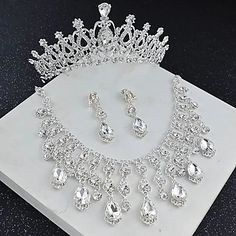 Floral Headband Wedding, Gold Bridal Crowns, Rhinestone Wedding, Rhinestone Earrings, Pearl Bridal Jewelry Sets, Wedding Jewelry, Crown Earrings, Pendant Earrings, Wedding Hair Accessories