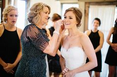 The 3 Times Brides Should Definitely Listen to Mom During Wedding Planning | Brides.com