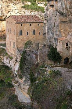 Monestir de Sant Miquel del Fai (Bigues i Riells, Vallès Oriental)