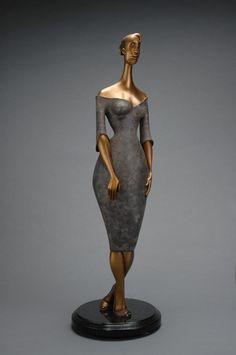 Sculpture  Aguicher fermée, by Helene Labrie
