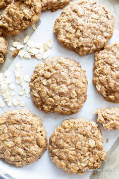 An easy recipe for the BEST Vegan Oatmeal Cookies! Chewy, moist centers with crispy, caramel-y edges & packed with comforting oatmeal. Vegan Oatmeal Cookies, Oatmeal Cookie Recipes, Easy Cookie Recipes, Healthy Cookies, Sweets Recipes, Simple Oatmeal Cookies, Clean Eating Desserts, Vegan Desserts, Diabetic Desserts