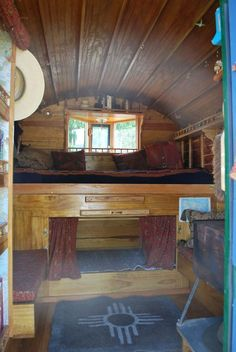 paleotool: Inside the vardo. Gypsy Living, Tiny House Living, Small Living, Cabana, Gypsy Trailer, Gypsy Home, Kitchen Box, Plywood Siding, Shepherds Hut