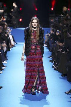 ELIE SAAB Ready-to-Wear Autumn Winter 2016-17