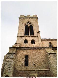 """""""La torre de San Miguel quiere ser la novia del río, y asomándose a mirarle tiembla de amor y de frío"""" Paco Vighi, poeta"""