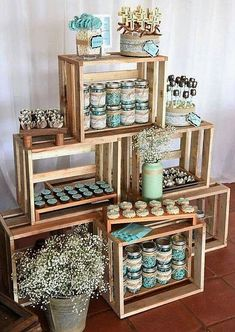 Planning your breakfast at tiffanys wedding shower party, here 25 ideas to copy 13 Baby Shower Themes, Baby Boy Shower, Baby Shower Decorations, Shower Ideas, Baby Decor, First Communion Decorations, Baby Shower Vintage, Shower Centerpieces, Rustic Baby