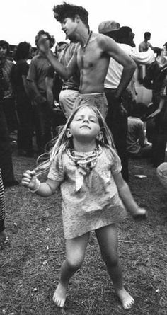 Never Before Seen Images Of Woodstock 1969 – Sharedable - Page 8