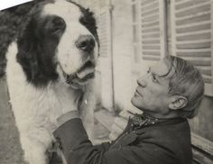 Picasso et son Saint-Bernard, c.1930