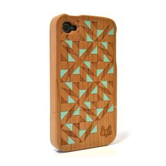 Hardwood iPhone 4 & 4S cover - Triangle Green