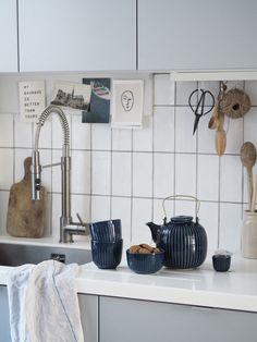 Time for tea: new indigo Hammershøi tableware from Kähler - slow moments - Japandi - Japanese and Scandinavian minimalism