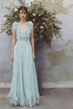 Get inspired and discover Luisa Beccaria trunkshow! Shop the latest Luisa Beccaria collection at Moda Operandi. Luisa Beccaria, Evening Dresses, Prom Dresses, Formal Dresses, Fashion Show Collection, Beautiful Gowns, The Dress, Pretty Dresses, Simple Dresses