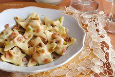 estrellas de pasta con dos jamones y pistachos, receta de Navidad