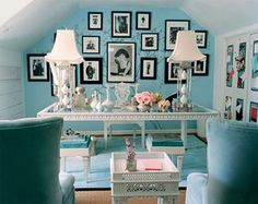 The ultimate glam glam office by Mary McDonald. Tiffany blue walls, white furniture - perfect small attice home office Shabby Chic Office, Romantic Shabby Chic, Office Chic, Stylish Office, Home Living, My Living Room, Home Interior, Interior Design, Modern Interior