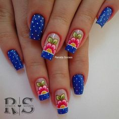 Veja 21 modelos de unhas com flores Fabulous Nails, Gorgeous Nails, Love Nails, Pretty Nails, Fun Nails, Spring Nail Art, Spring Nails, Solar Nails, Cute Nail Designs