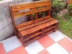 #Garden, #PalletBench, #RecyclingWoodPallets Simple inspiration for this practical outdoor bench made from repurposed pallet.   Na ideju sam došao gledajući mnoge stranice na internetu i tako dobio inspiraciju.