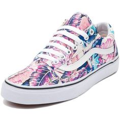 Vans Old Skool Tropical Skate Shoe (1.301.110 IDR) ❤ liked on Polyvore featuring shoes, sneakers, floral shoes, flower print sneakers, floral print sneakers, grip trainer and floral print shoes