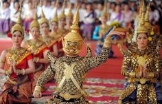 Lakhon khol (also romanized as lkhaon khaol; Khmer: ល្ខោនខោល) is a masked dance theatre that features enactment of the Reamker.[1] It was once part of the performing arts of the Cambodian Court of Oudong and is analogous to the more refined version of the drama, the Royal Khon of Thailand. After losing the support of the royal court in the 19th century, the lakhon khol troupe of the Court of Oudong disseminated throughout the country. In the 20th century, it was performed by cambodian.