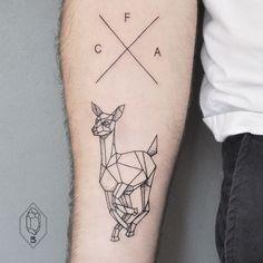 1. Se voc� quer registrar em seu corpo alguma coisa simples, mas que cause impacto visual, a dica � fazer uma tatuagem apenas com linhas e pontos
