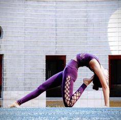 Seonia in The Interlace Legging #yoga #inspo #aloyoga