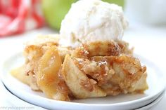 Easy Apple Cobbler Healthy Apple Desserts, Apple Recipes Easy, Apple Dessert Recipes, Small Desserts, Desserts Menu, Awesome Desserts, Pie Recipes, Baking Recipes, Cookie Recipes