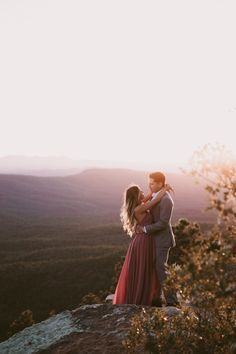 // something that allows for plenty of movement & that will catch the wind! Elegant Engagement Photos, Country Engagement Pictures, Outdoor Engagement Photos, Mountain Engagement Photos, Winter Engagement Photos, Engagement Photo Outfits, Engagement Photo Inspiration, Engagement Pics, Fall Engagement