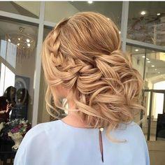 "3,088 Likes, 6 Comments - Эль Стиль Elstile (@elstile) on Instagram: ""Hair trial in @elstile | Репетиция прически в @elstile #elstile #эльстиль ✨…"""