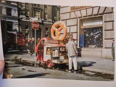 1976 Motorized PRETZEL CART 7 cents each!  New York City NYC Color Photo