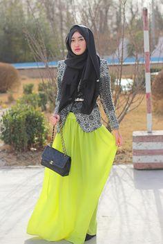 Headscarf : DP by Dian Blazer : Dian Pelangi Skirt : Mango Bag : Chanel vintage Location : Somewhere in Beijing