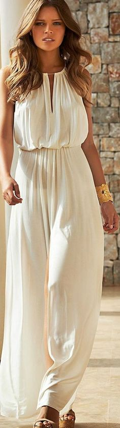 Curating Fashion & Style: Fashion trends   Chic off white maxi dress