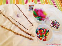 Look what we did! We made magic wands! And it was So Extremely Easy and Very Much Fun and they turned out Super CUTE!   So, here are the mat...